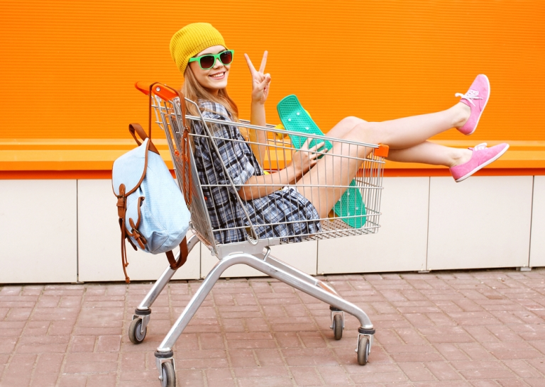 Shopping - a cool way to stay fit on vacation. Find out more at https://fitvize.com