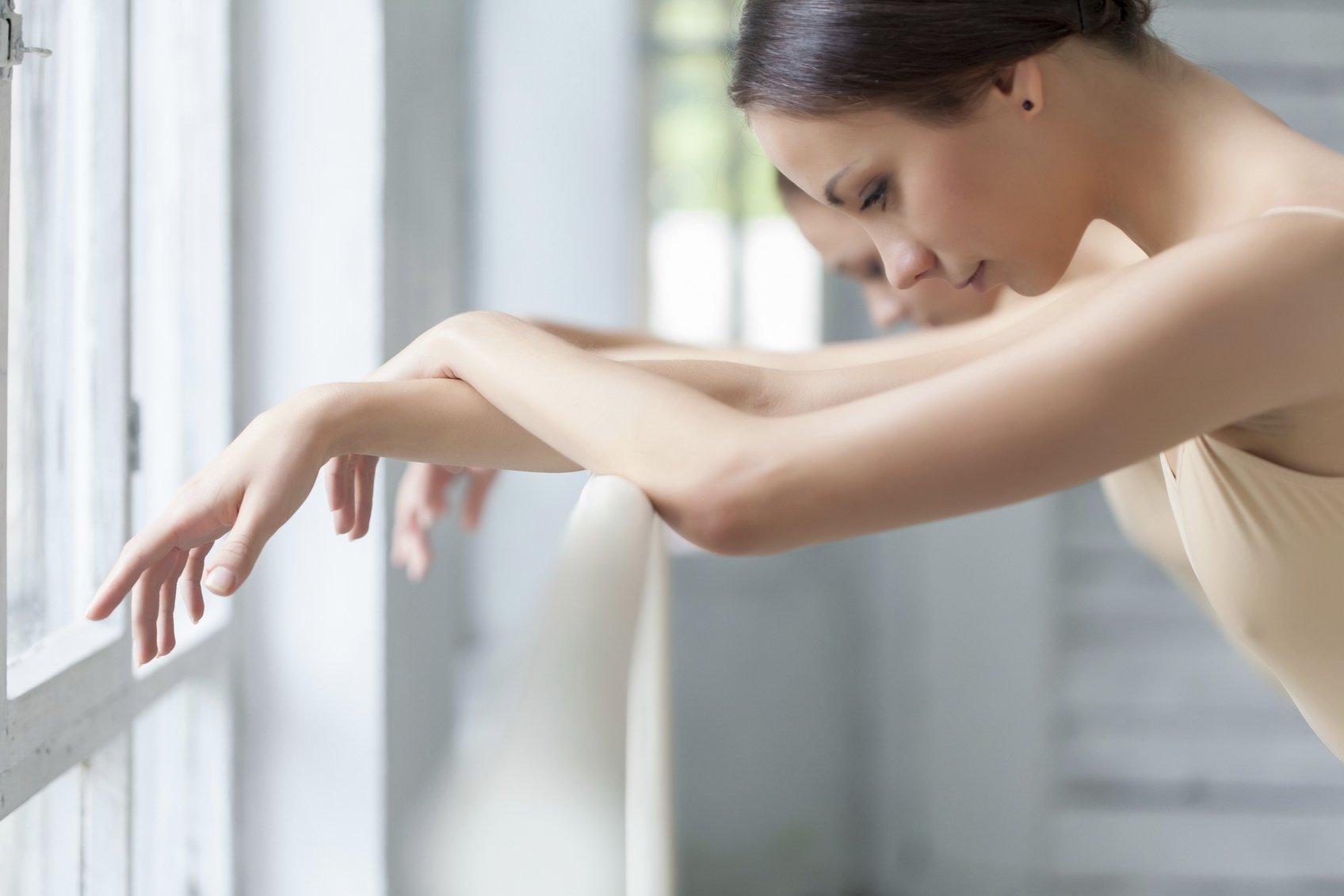 ballerina-arms-look-phenomenal-sleeveless-shirts